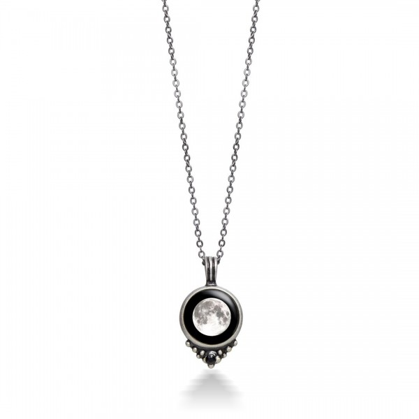Classic Necklace with Black Swarovski Crystal